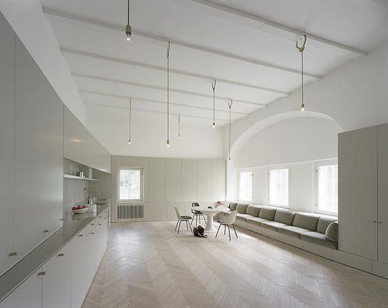 by Berlin architect Thomas Kröger / floor, space!