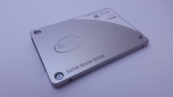 Intel SSD Pro 2500 Series 256GB 2.5 Solid State Hard Drive