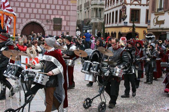 https://flic.kr/p/smZU2f | Carnaval de Mulhouse - place de la Réunion