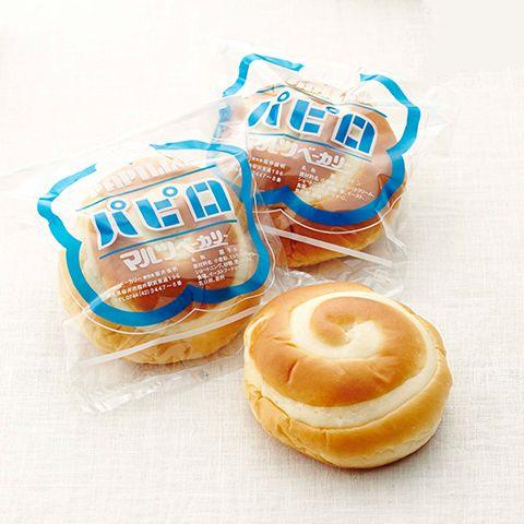 1948年創業。アンフライと並んで人気の菓子パンは、中に甘いバタークリーム。 奈良「マルツベーカリー」