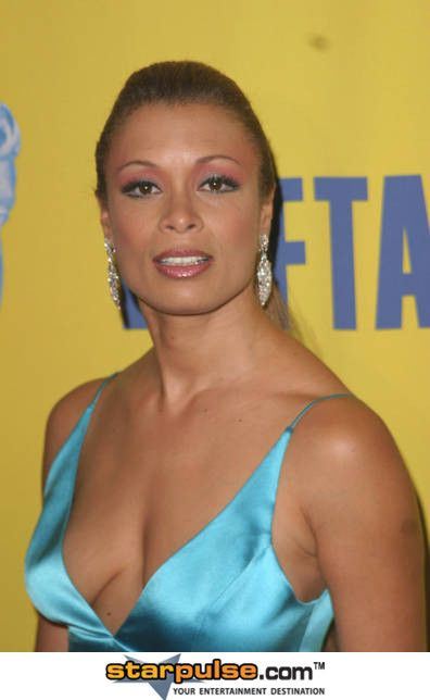 valarie pettiford teeth