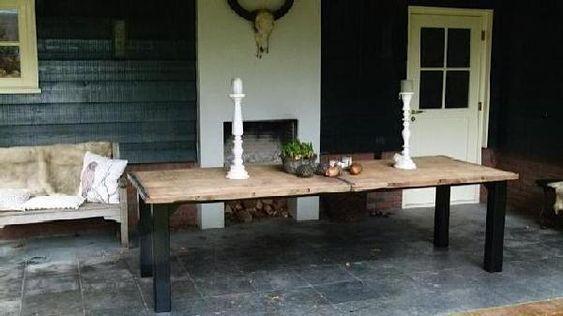 Steenschot tafels zijn vervaardigd uit hoogwaardig for Tafel van steenschotten