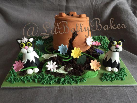 Naughty cats cake