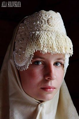 Kokoshnik is one of the very important elements of Russian traditional clothing. (6)