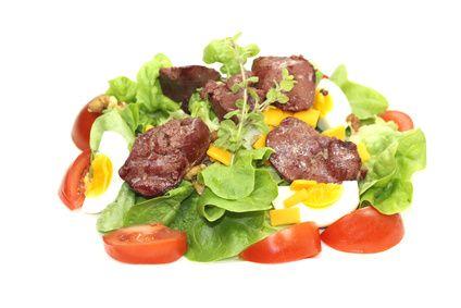 Sophie, notre diététicienne - nutritionniste, vous propose 1 semaine de menus-types pour faire le plein de fer. Avec en bonus la liste des courses prête à imprimer !