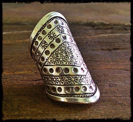 Silver pattern ring