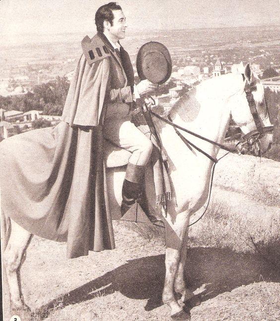 Luis Marino film: Violettes impériales , le rôle de Juan de Cardona ( revue Ciné revue numéro de Noel N° 50 page 6 décembre 1952) .