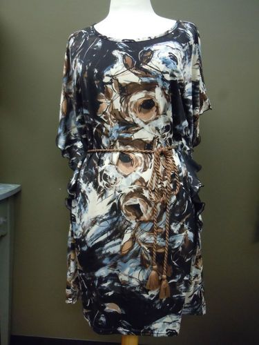 Uncle Frank Batwing Rose Print Dress. So much fun for an Art Party!!! ON SALE for $104