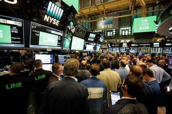 Wall Street termina en neta alza: Dow Jones +0,99%, Nasdaq +1,47%