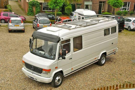 Mercedes Vario camper (Deze dus. Dat is tot nog toe de beste basis. Modern genoeg om op de snelweg mee te kunnen, maar ook nog een beetje om aan te zien (itt de moderne lelijkaards))