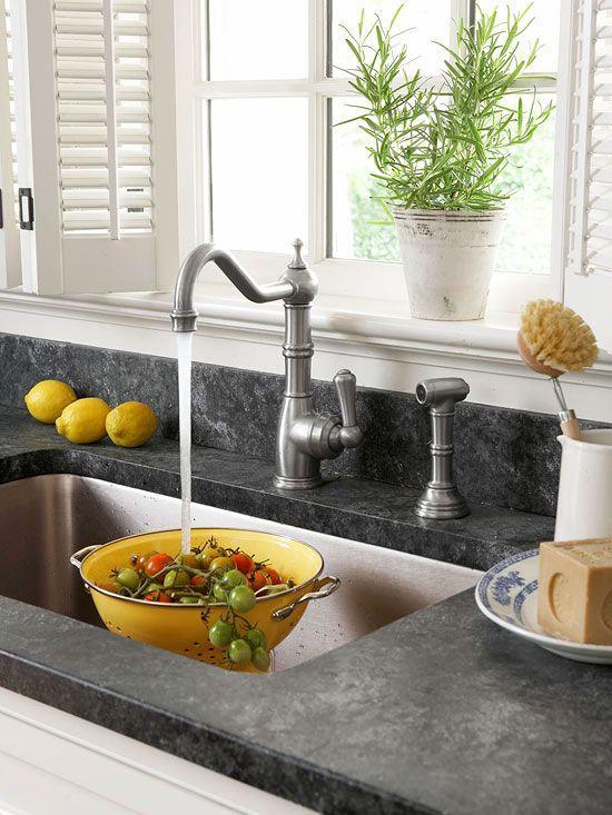 Fresh Amp Frugal Cottage Kitchen Ideas Countertops