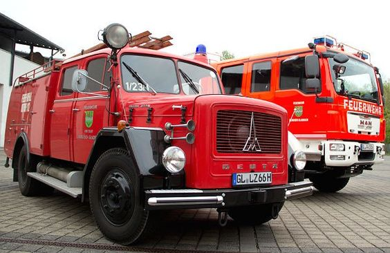 Am 16. und 17. Mai strahlt Bergisch Gladbachs Innenstadt in rot: der Löschzug Stadtmitte feiert den 125. Geburtstag mit einer Sternfahrt von 60 historischen Löschfahrzeuge aus ganz NRW. Aber an beiden Tagen wird noch viel mehr geboten.