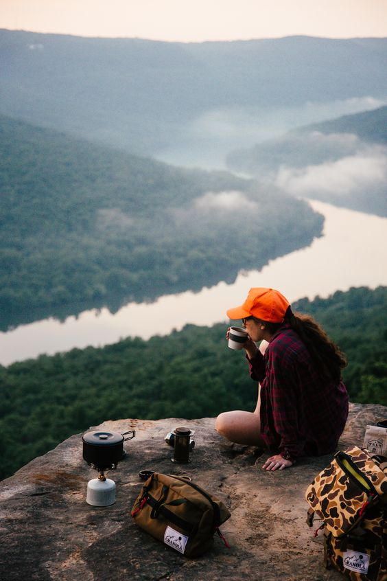 Good Morning Chattanooga! Coffee and a view, any better way to start of the day? @gproducts @rootsrated: