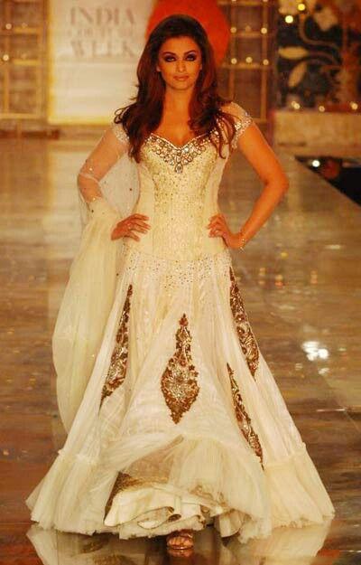 Pinterest the world s catalog of ideas for Aishwarya rai in her wedding dress