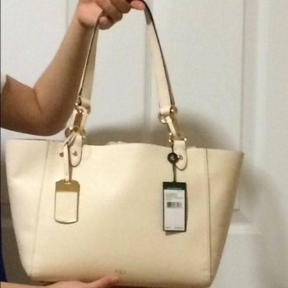 Used Ralph Lauren bag It's a beautiful bag Ralph Lauren Bags