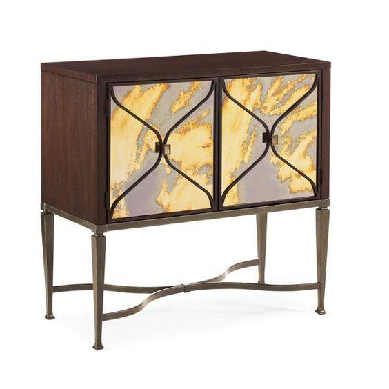 """Kommode """" Smoke Gets In My Eyes """" by Caracole. Sie fragten ... wir haben sie erhört. Und nun gibt es die kleinere Variante von """" Smoke and Mirrors """" ... sagt die Herstellerfirma """" CARACOLE """". Das Spiegelglas der Türfronten ist extra aus Italien importiert und in einen Bronzerahmen gefasst. Dieses Möbelstück, glauben Sie mir, wird für Gesprächsstoff sorgen. Preis 4135 EUR http://www.sweetsspices.com/shop/furniture/chests/kommode-smoke-gets-in-my-eyes.html"""