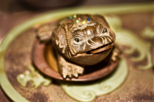 Cura Para Baño Feng Shui:rana de tres patas, es un símbolo de buena suerte Un buen lugar para