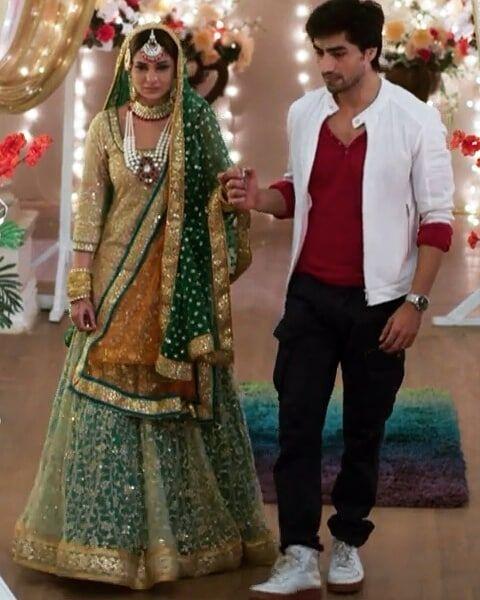 Pin By Reefath On Harshad Chopra Jennifer Beautiful Bollywood Actress Jennifer Winget Beyhadh Indian Outfits