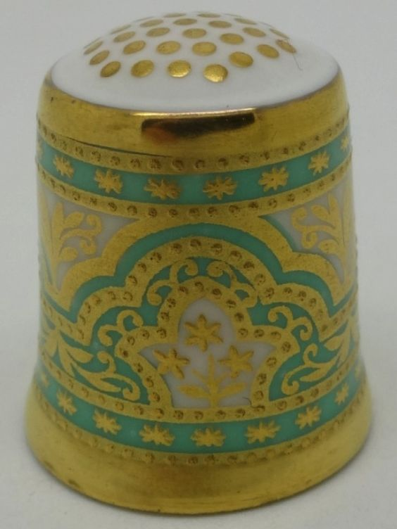 The Victorian Persian-1888.  The Historical Collection.  Thimble-Dedal-Fingerhut.