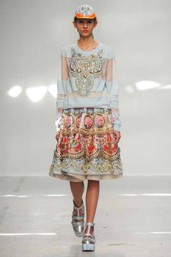 Manish Arora Spring 2015 Ready-to-Wear - Collection - Gallery - Look 1 - Style.com