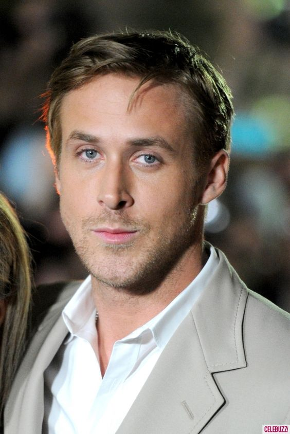 Photos - Ryan Gosling and Mom Hit 'Ides of March' Premiere - 7 - Celebuzz