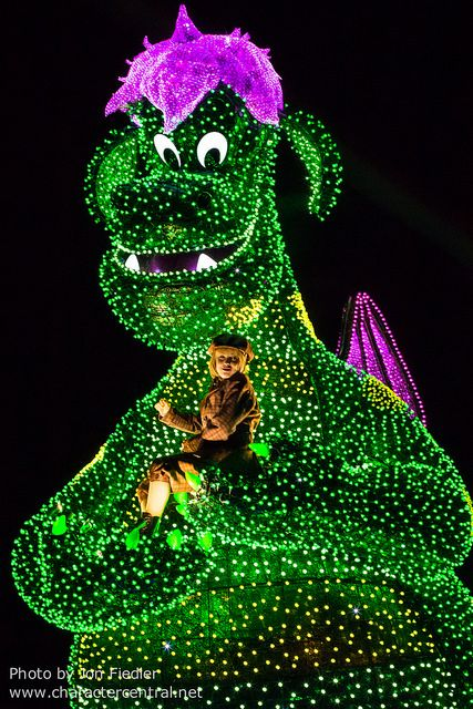 2014 - Pete's Dragon - Tokyo Disneyland Electrical Parade Dreamlights