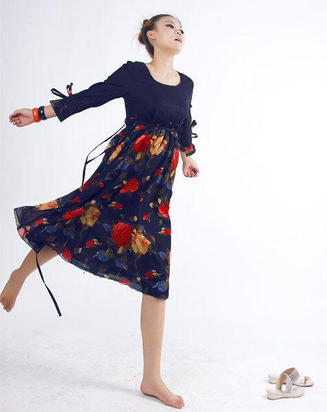 xiaolizi on Etsy Charming flower dress $59