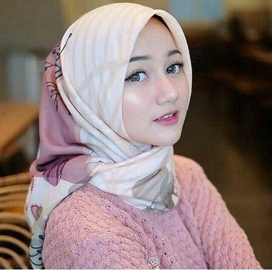 Jual jilbab segi empat di Sanggau