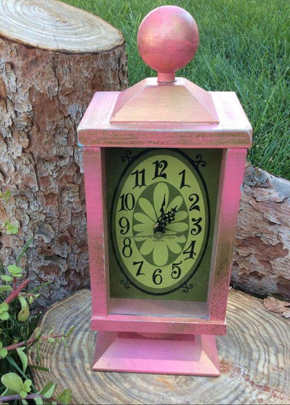 Alice in Wonderland Party Decoration Pink Vintage Clock Mad Hatter White Rabbit Tea Party Centerpiece Birthday Decor