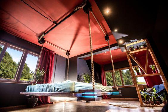 letto-sospeso-soffitto-amaca-salva-spazio-jazwiec-2