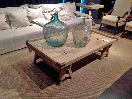 wonderful-coffee-table-and-decorative-wire-wrapped-bottles.-cant