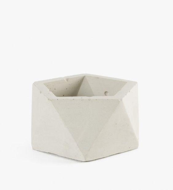 Concrete Geometric - Mini Icosahedron Vessel