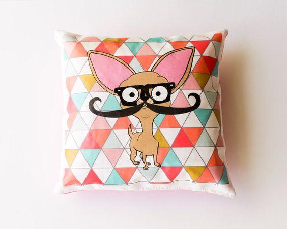 Chihuahua Mini Cushion with Mustache & par senorpicklesworth, $8,00