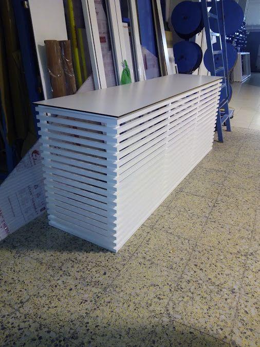 Armario en aluminio y cubierta de panel fenólico para cubrir aire acondicionado. Tenerife
