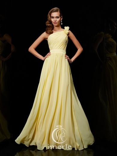 stunning one-shoulder long yellow pleated brodesmaid dress