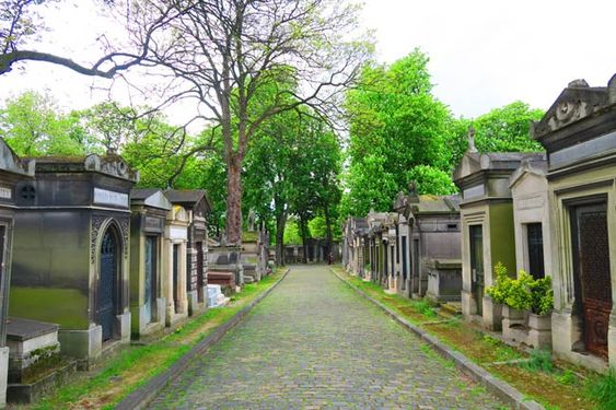 How to visit the 'celebrity cemetery' of Paris - Père Lachaise