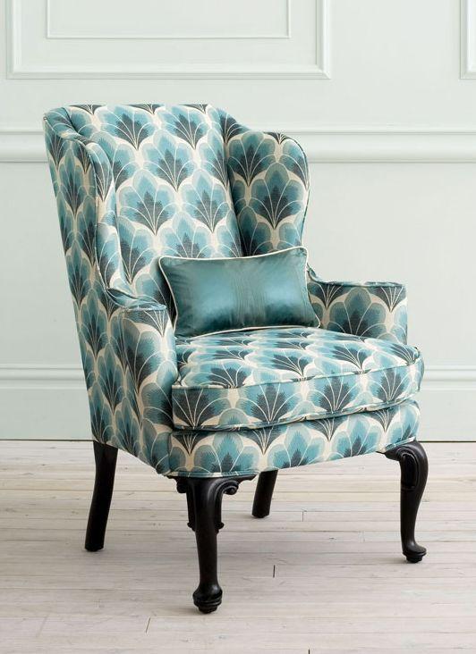 loving that chair <3