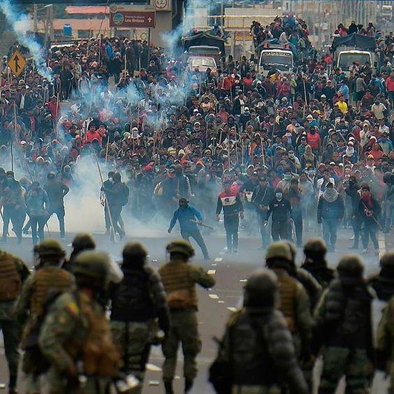 Ataque con gas lacrimógeno
