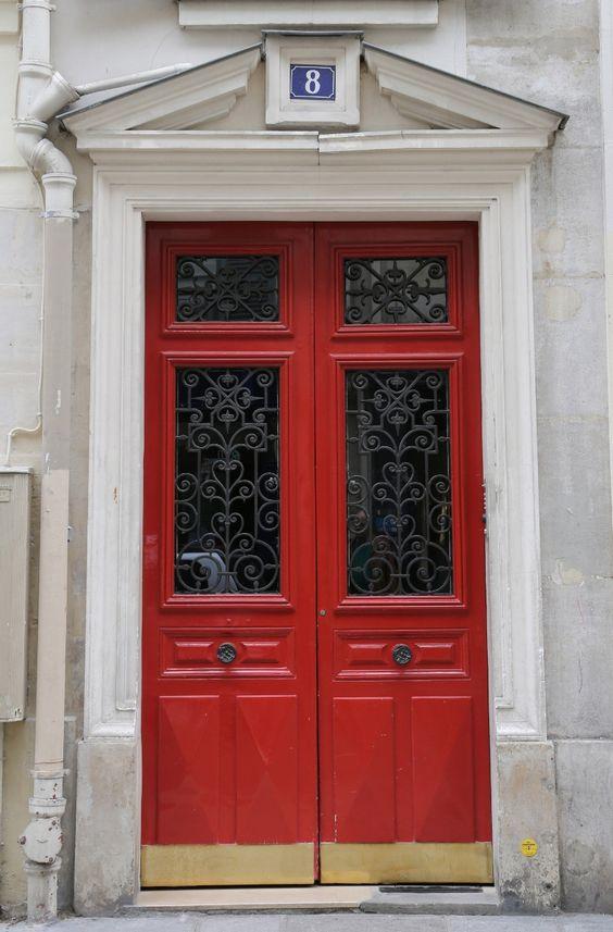 Türenliebe in Paris