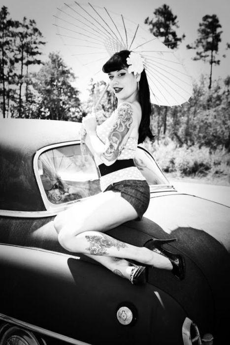 Lorraine Renee