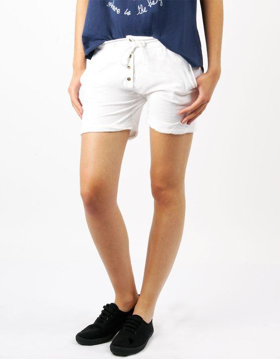 #Shorts Double Agent Botones Blanco por 12€ en www.doubleagent.es #moda #ropa #fashion