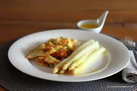 Weißer Spargel mit Kratzete und zerlassener Butter