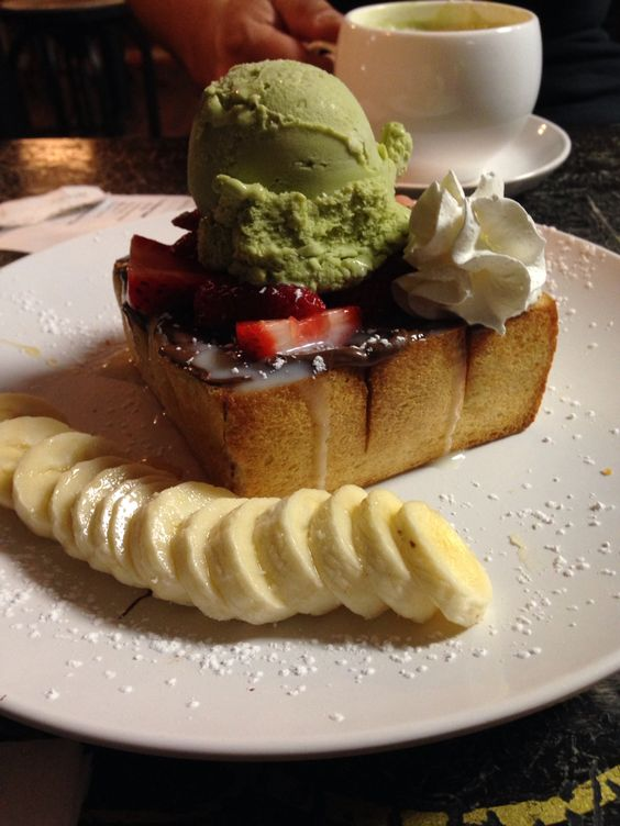 UP2You SAN DIEGO Brick Toast!! w/ Nutella  Pic by: meeeeee