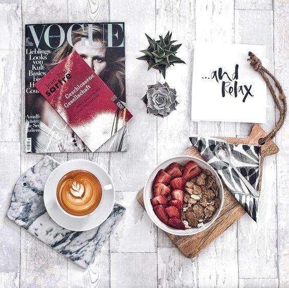 """Gefällt 719 Mal, 7 Kommentare - Laura Dittrich (@fashionlandscape) auf Instagram: """"Weekend vibes ✖️ #weekending #currentmood #breakfasttime #sartre #voguemagazine #voguegermany…"""""""