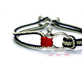 nautical bracelet red/blue/white with a shackle, sail rope/ paracord and anchor clasp,maritime anchor braceletfor sailorsMADE TO ORDER