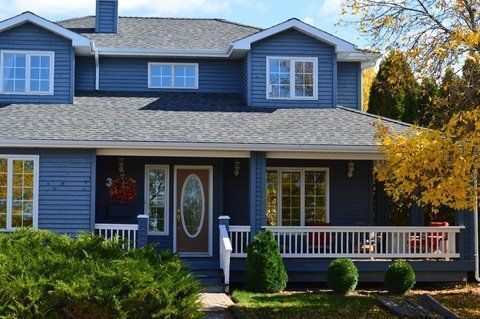 12 Exterior House Colors That Will Be Huge In 2020