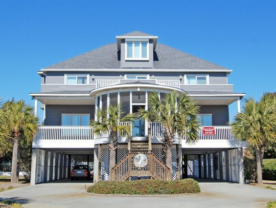 Grand Strand Vacations offers North Myrtle Beach Vacation Rentals Condos, Homes and Cottages - SC Beach Lodging - Myrtle Beach Pet Friendly Accommodations - A Stone's Throw - North Myrtle Beach House Rentals - North Myrtle
