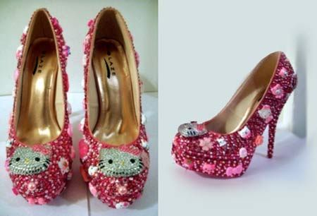 Hello Kitty heels: