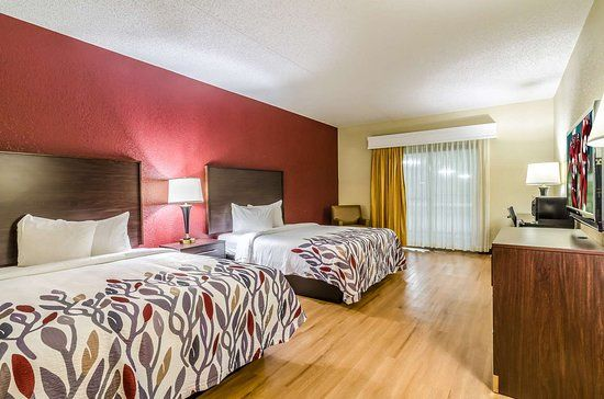 Now 58 Was 8 5 On Tripadvisor Red Roof Inn Conference Center Wichita Airport Wichita See 339 Traveler Reviews 87 Cand Red Roof Inn Red Roof Wichita