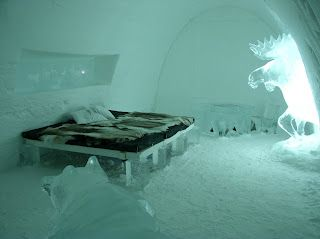 Hotel de Glace (Montreal, Canada) http://www.hoteldeglace-canada.com/images.php?action=visite